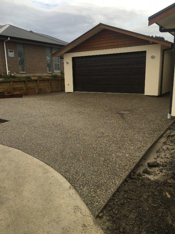 Concrete driveways dunedin for Temperature to pour concrete driveway